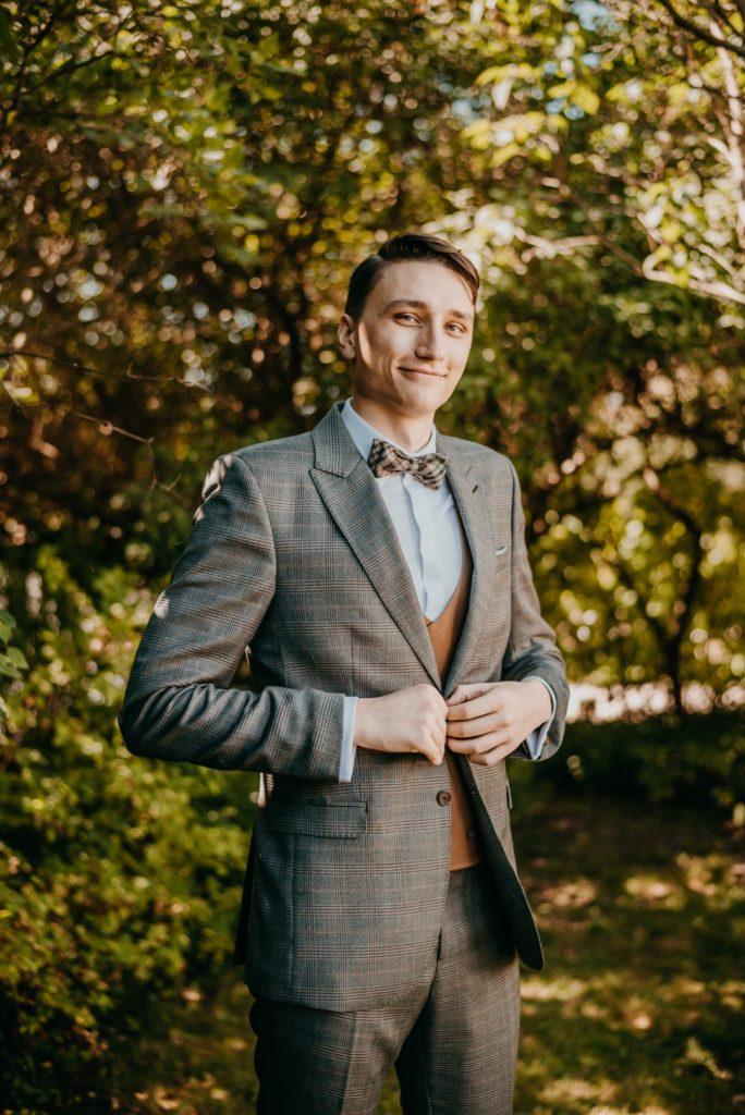 pan młody, portret ślubny