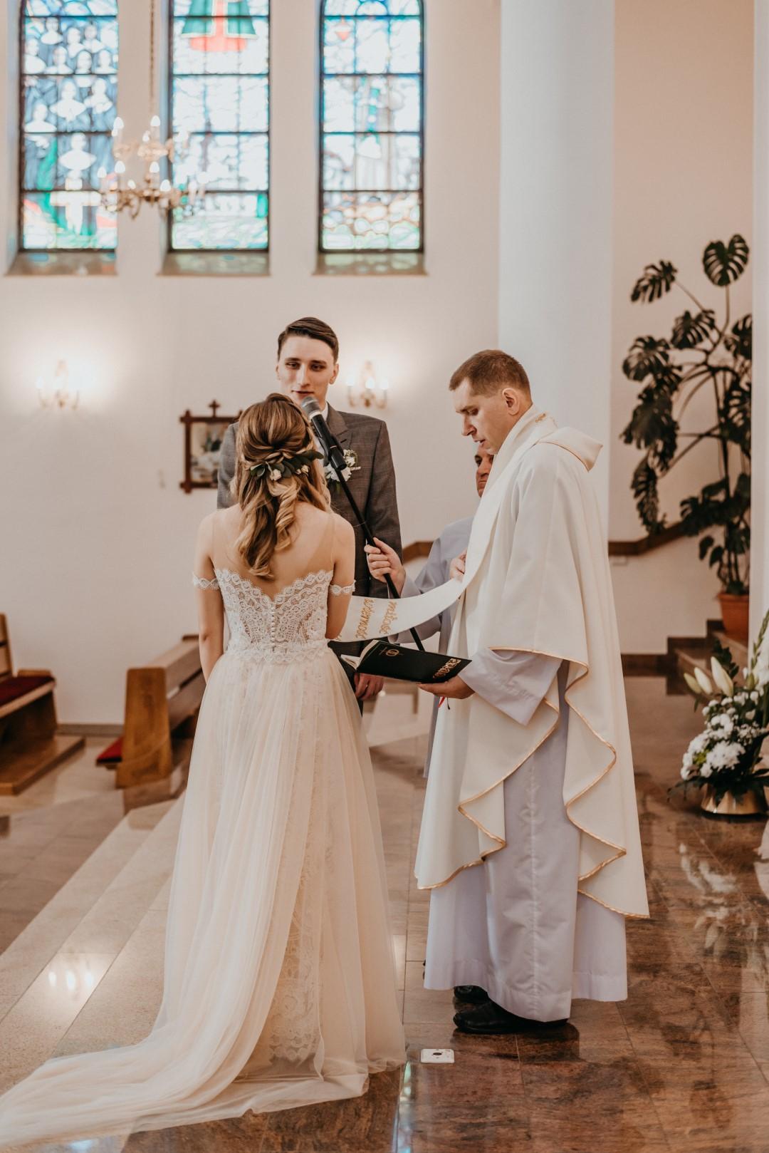 rustykalny ślub, rustykalna panna młoda, eliana kresa suknie ślubne