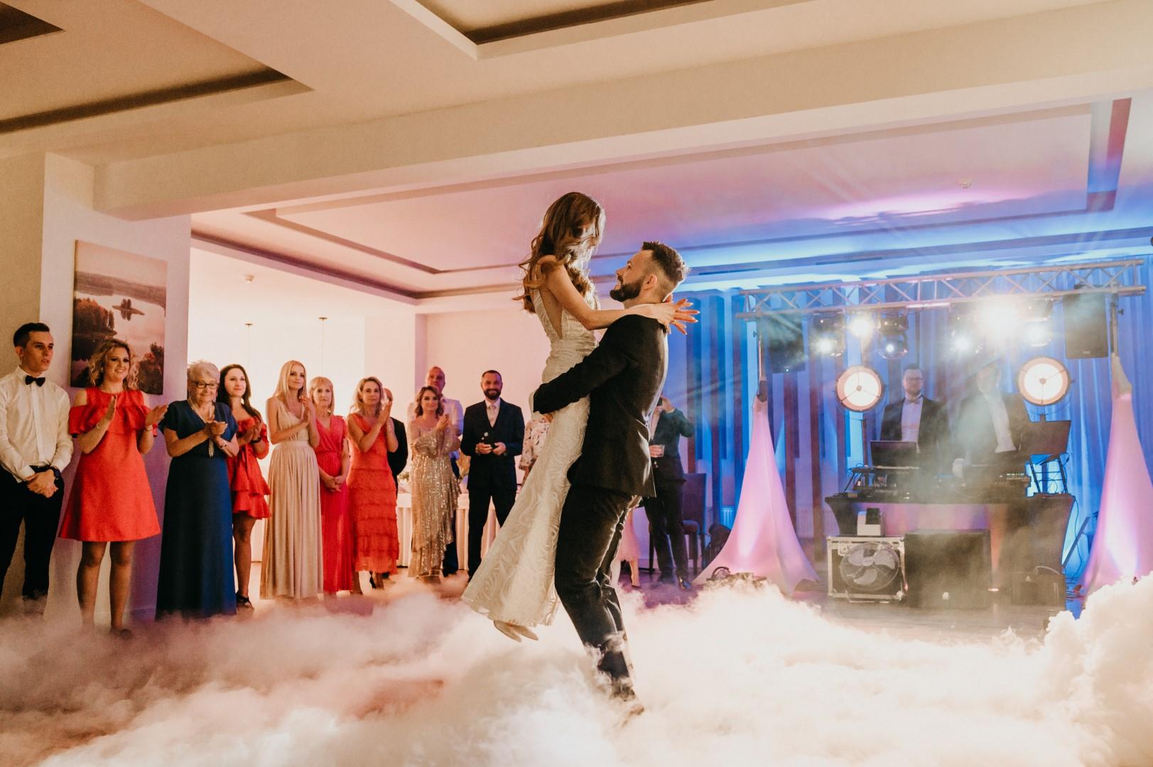 ślub humanistyczny na Mazurach, wesele, pierwszy taniec